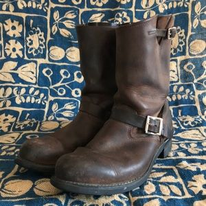 Frye engineer 12R oiled leather boots